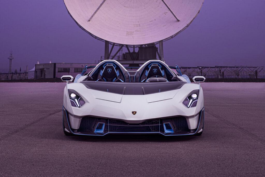 Lamborghini SC20 przód